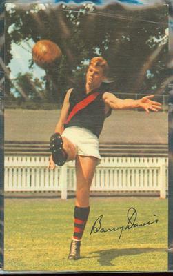 1965 Mobil VFL Footy Photos Barry Davis trade card