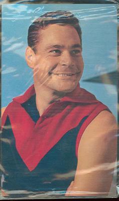 1964 Mobil VFL Footy Photos Ron Barassi trade card