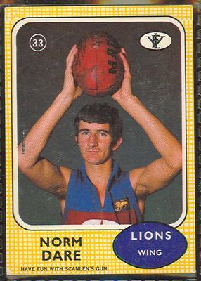 1972 Scanlen's Gum Australian Football, Norm Dare trade card