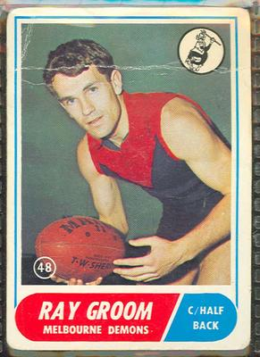 1969 Scanlen's Gum Australian Football, Ray Groom trade card