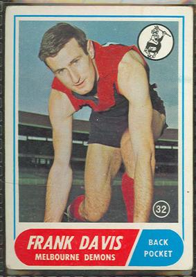 1969 Scanlen's Gum Australian Football, Frank Davis trade card