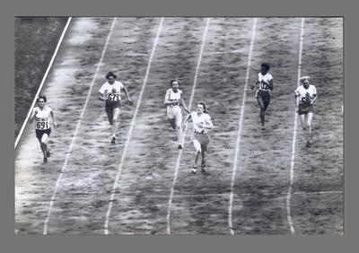 Photograph of Fanny Blankers-Koen winning 100m final, 1948 Olympic Games