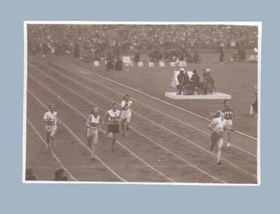 Photograph of Shirley Strickland competing in 100m event, 1948 Olympic Games