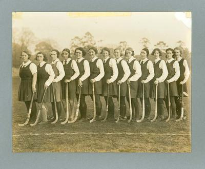 Photograph of Victorian women's hockey team, c1935