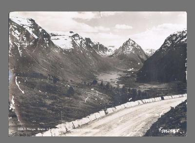Postcard addressed to Shirley Strickland from Oslo, 12 August 1949
