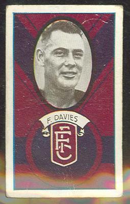 1933 Allen's Australian Football Fred Davies trade card