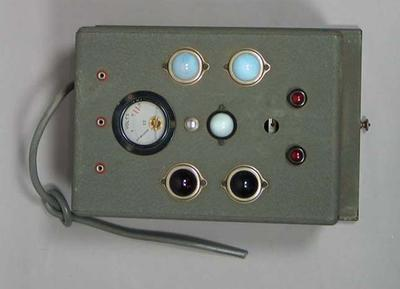 Ets Souzy scoring meter used in 1956 Olympic Games - Fencing; Sporting equipment; 1993.2938.5.1
