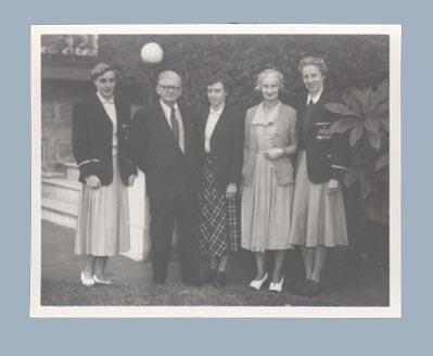 Photograph of Winsome Cripps, Verna Johnston & Shirley Strickland in 1952 Olympic Games uniforms; Photography; 2003.3903.799