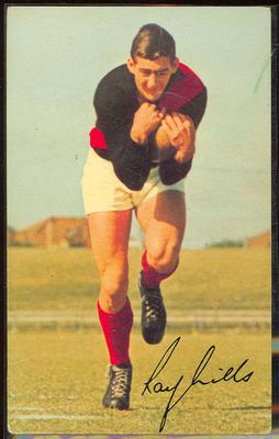 1965 Mobil Footy Photos Ray Mills trade card