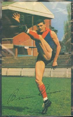 1965 Mobil Footy Photos Brian Dixon trade card