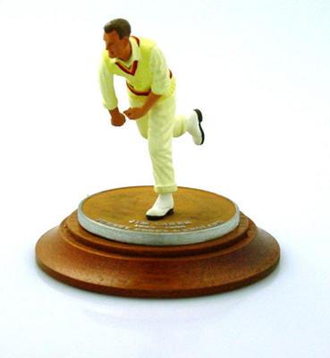 Figurine, Jim Laker