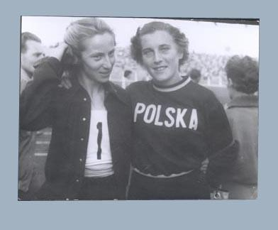 Photograph of Shirley Strickland & Gena Minnicka, 1955 International Friendly Sports Meeting of Youth