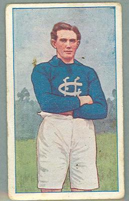 1922 Magpie Cigarettes Victorian League Footballers Horrie Clover trade card