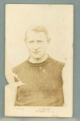 1923 Magpie Cigarettes Footballer Portraits Stan Molan trade card