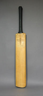 Bat signed by Australian and West Indian team members, 1960-61 Test