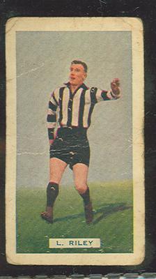1935 Hoadley's League Footballers Louis Riley trade card
