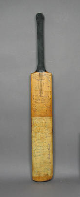 Cricket bat, autographed by numerous Test players & cricket identities; Sporting equipment; M10041.1