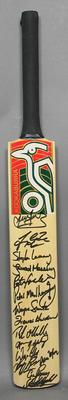 Cricket bat, MCC XI v Australian PGA Tour XI - MCG, 7 Feb 2000