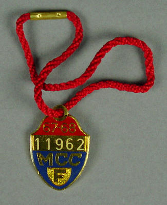 Melbourne Cricket Club membership badge, season 1967/68; Trophies and awards; M10263