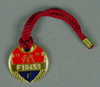 Melbourne Cricket Club membership medallion, 1975-76