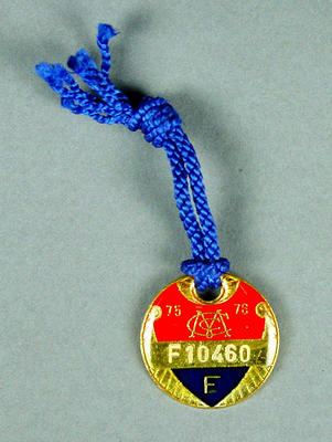 Melbourne Cricket Club membership medallion, 1975-76