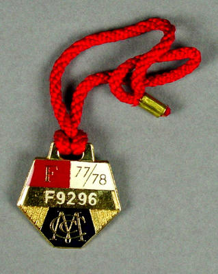 Melbourne Cricket Club membership medallion, 1977-78