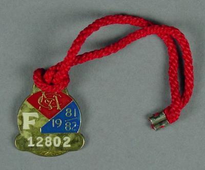 Melbourne Cricket Club membership medallion, 1981-82