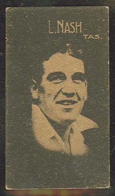 1933 Hoadley's Chocolates Ltd Cricketers L Nash trade card; Documents and books; M12694.11
