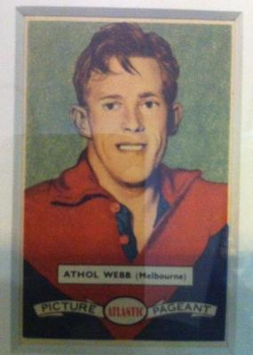 1958 Atlantic Picture Pageant VFL Footballers Athol Webb trade card
