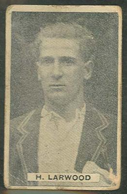 1932/33 Sweetacres Cricketers H Larwood trade card; Documents and books; M12698.1