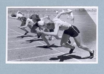 Photograph of Shirley Strickland taking off from starting blocks, c1947-60