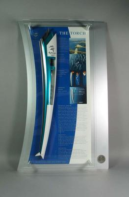 Presentation relay torch from the Sydney 2000 Olympics, edition no. 1956/2000