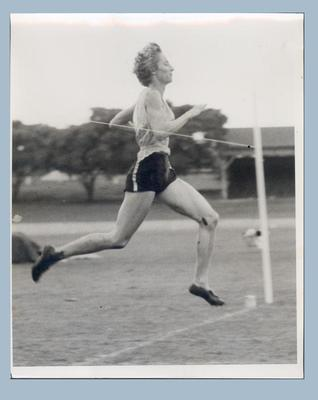 Photograph of Shirley Strickland running, date unknown