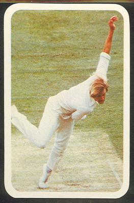 1979/80 Ardmona Collector Cards Series II International Cricket Garth Le Roux trade card; Documents and books; M12798.35