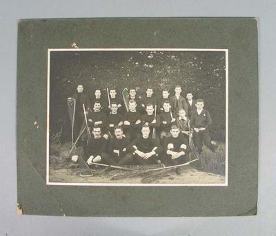 Photograph of Essendon lacrosse team, early twentieth century