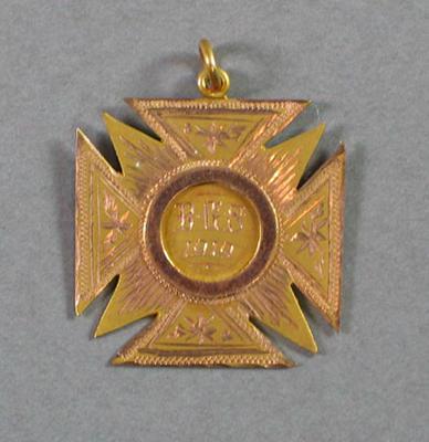 Medal won by R C Esler, Brighton Grammar School under 16 100 yards race - 1919, first place