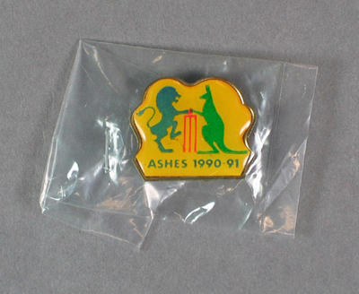 Badge, The Ashes 1990-91