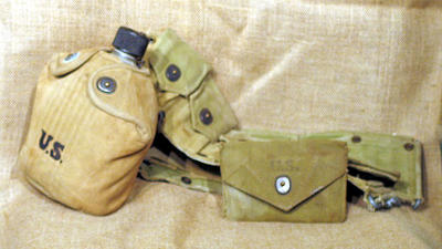 Soldier's belt pouch, WWII style