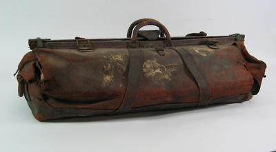 Cricket coffin, believed to have been used by William Ponsford