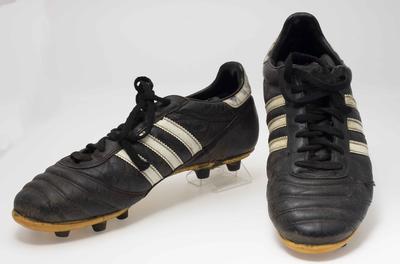 Football boots, worn by Gavin Wanganeen c1990s