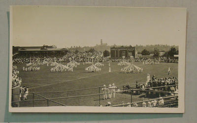 Postcard - Maypole Dance, State School Children display at MCG 19/12/16; Documents and books; M7304.3