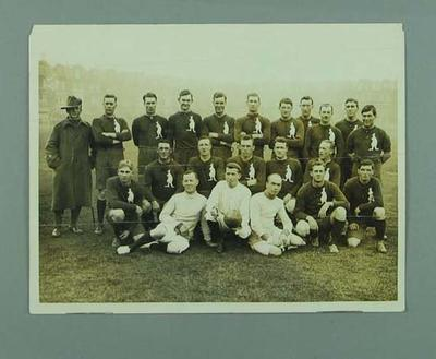 Photograph of Australian football team in London, 28 Oct 1916; Photography; 1991.2529.5