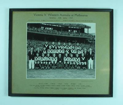 Photograph of Victorian Football League team, Melbourne 1962; Photography; Framed; 1992.2558.24