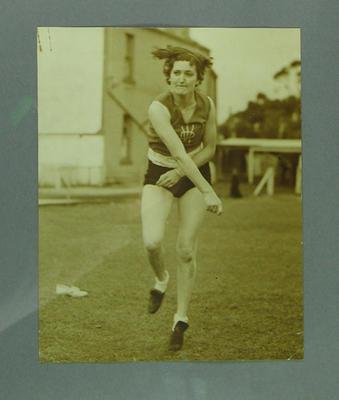 Action photograph of Elsie Jones, 1936; Photography; 2005.4213.6