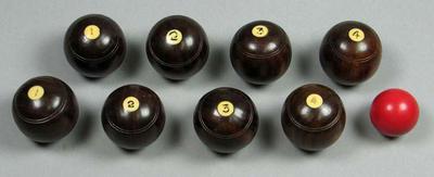 Set of miniature bowls, c1930s