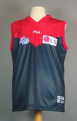 Melbourne FC guernsey worn and signed by David Neitz, 2000 AFL Grand Final; Clothing or accessories; M10035