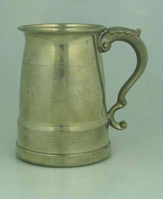 Engraved pewter tankard presented to Brian Dixon  by HSV 7 19 November 1970