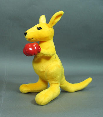 Plush toy kangaroo, autographed by Marjorie Jackson-Nelson & John Landy; Games and toys; 2005.4333