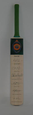 2005 Allan Border Medal Commemorative Cricket Bat; Trophies and awards; M15372