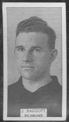 1933 W D & H O Wills Footballers Jack Baggott trade card